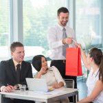 De ce sunt importante cadourile pentru afacerea ta