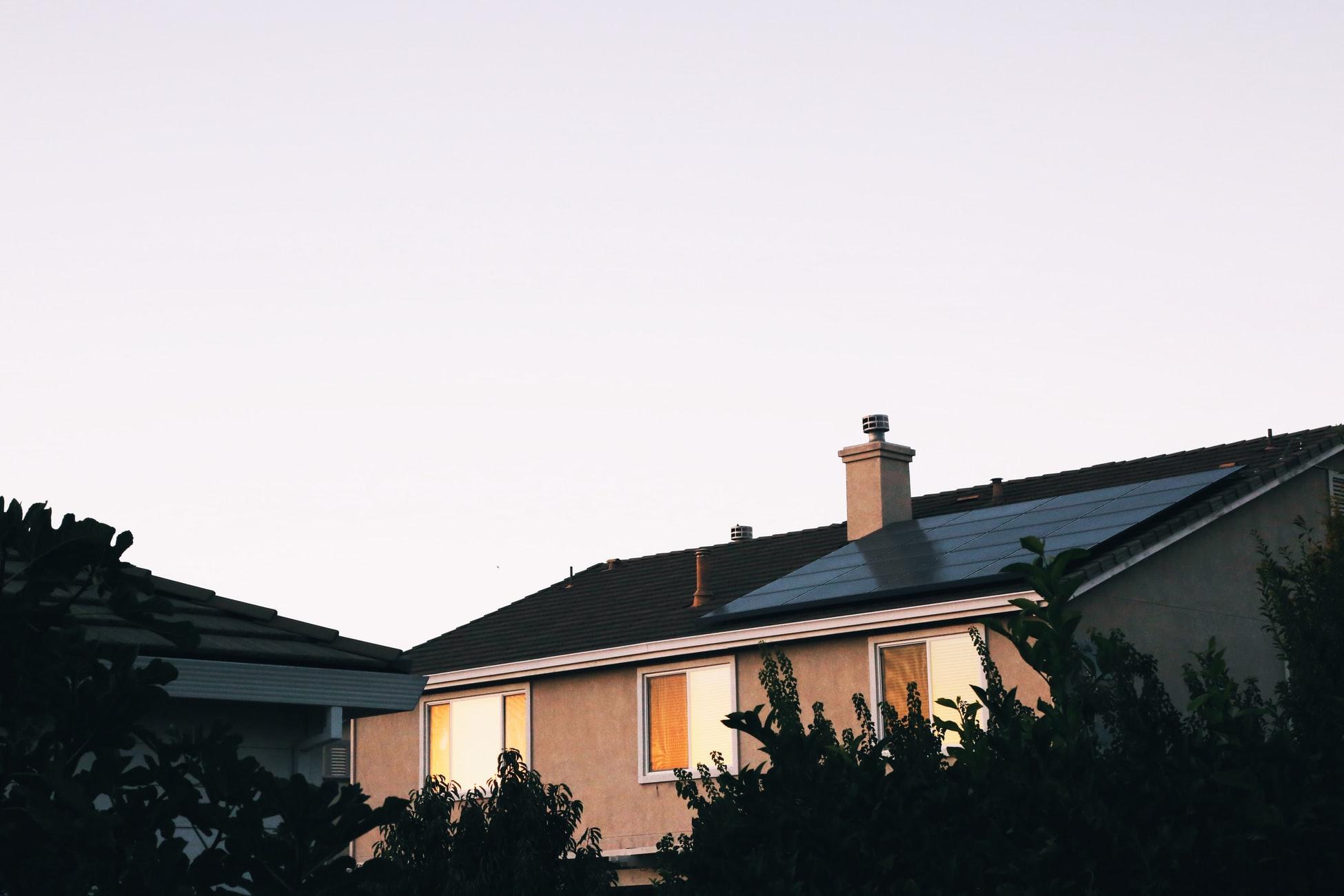 Ce material folosim pentru acoperișul casei?