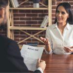 Cum să-ți alcătuiești garderoba pentru interviul de angajare? Iată 3 idei care îți vor crește șansele la interviu